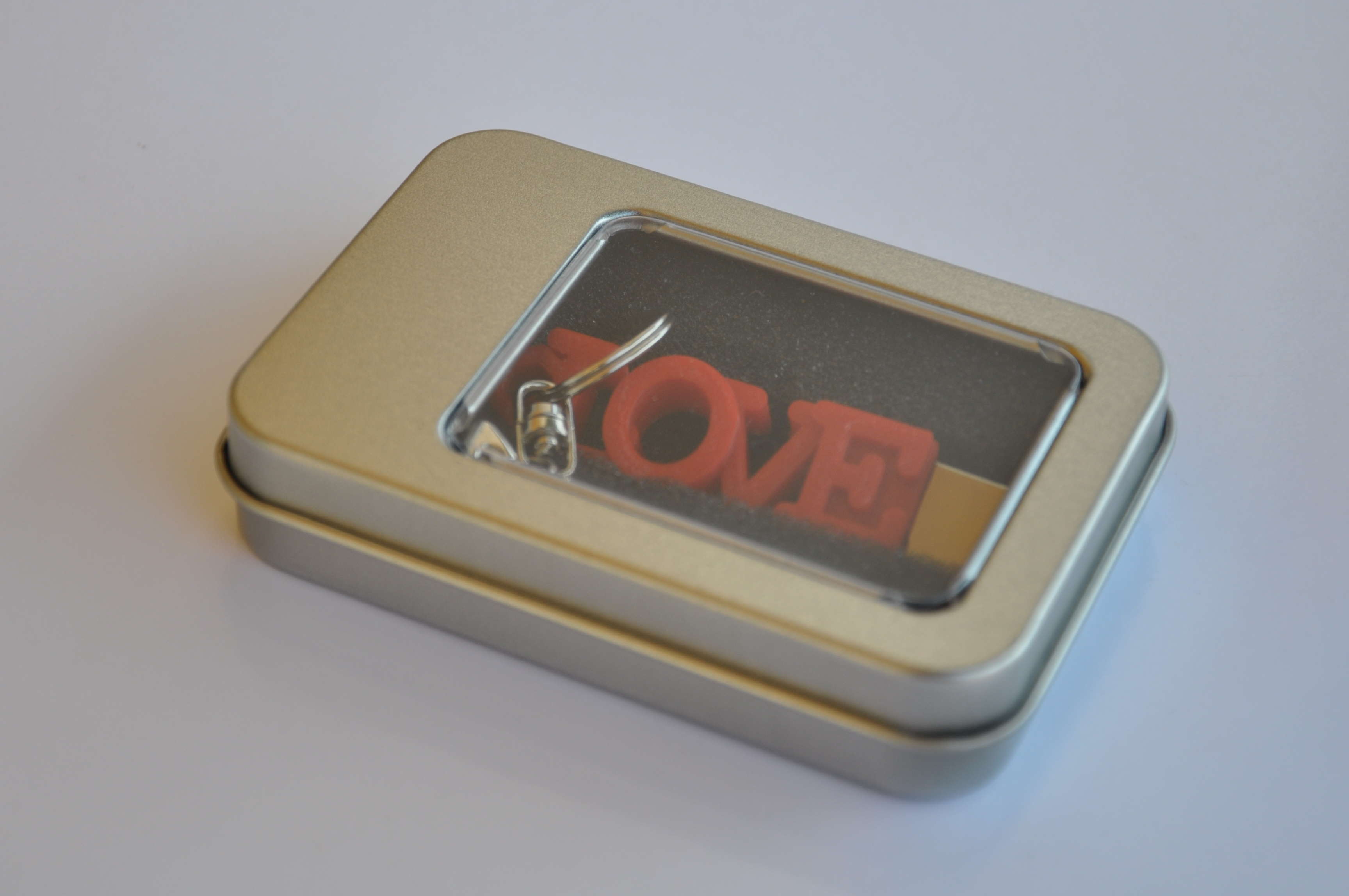 personalised usb in metal gift box