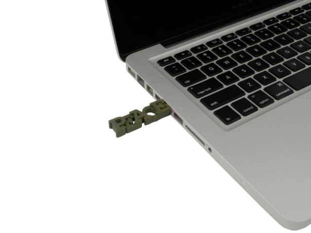 custom-made usb case in Mac
