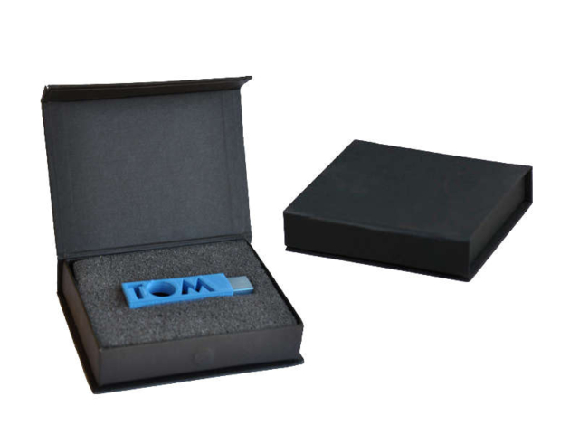 usb in black gift box
